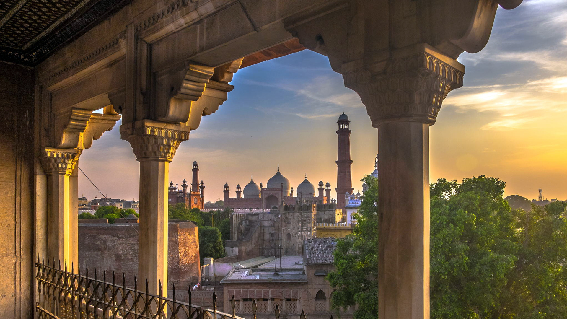 Badshahi Masjid Pakistan